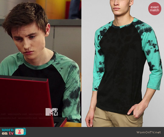 BDG Tie Dye Sleeve Raglan Tee worn by Spencer Macpherson on Degrassi