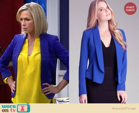 Bebe Flounce Collar Blazer in Blue worn by Jennie Garth on Mystery Girls