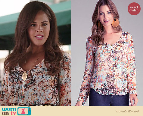 Bebe Print Button Up Blouse in Beautiful Branches worn by Lenora Crichlow on A to Z