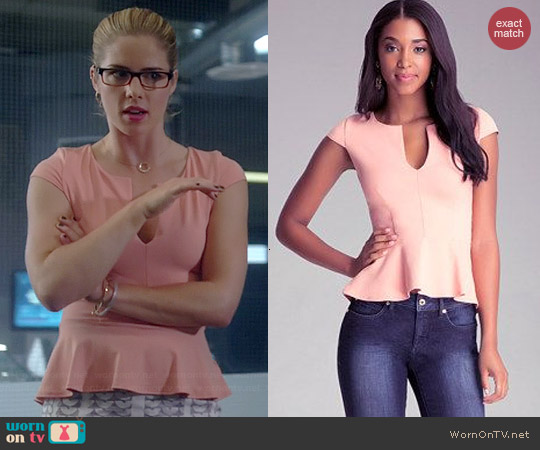 Bebe Split Neck Hi-lo Peplum Top worn by Emily Bett Rickards on Arrow