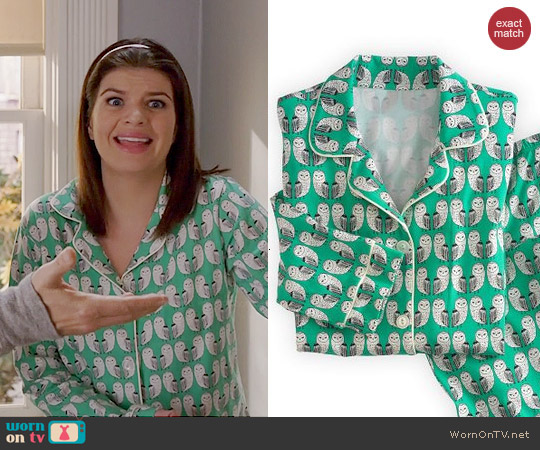 BedHead Barn Owl Pajamas worn by Casey Wilson on Marry Me