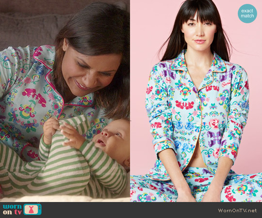 BedHead Floral Wonderland Classic PJ Set worn by Mindy Kaling on The Mindy Project