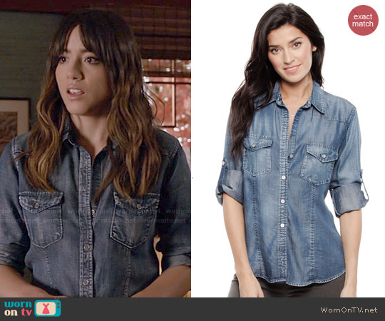 Bella Dahl Fitted Shirt worn by Chloe Bennet on Agents of SHIELD