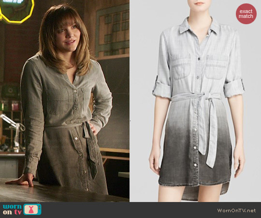 Bella Dahl Shirttail Chambray Dress worn by Katharine McPhee on Scorpion