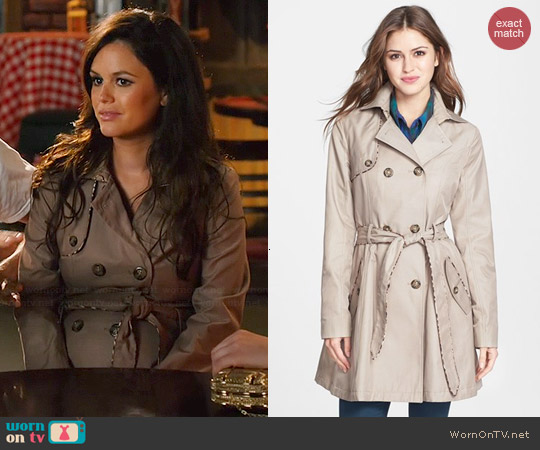 Betsey Johnsno Leopard Piped Trench worn by Rachel Bilson on Hart of Dixie
