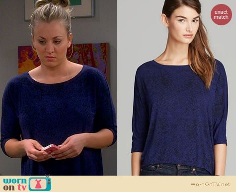 The Big Bang Theory: Michael Stars Snake Print Tee worn by Kaley Cuoco