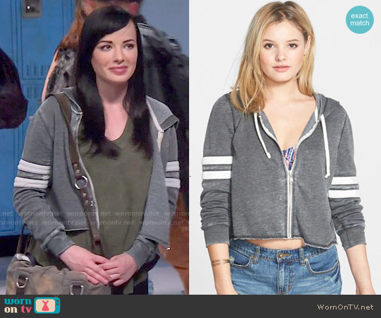 worn by Jenna Hamilton (Ashley Rickards) on Awkward