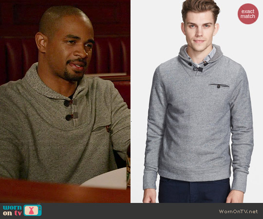 Billy Reid Shiloh Shawl Collar Pullover worn by Damon Wayans Jr on New Girl