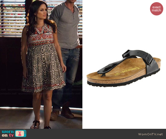 Birkenstock Gizeh Birko-Flor Sandal worn by Zoe Hart on Hart of Dixie
