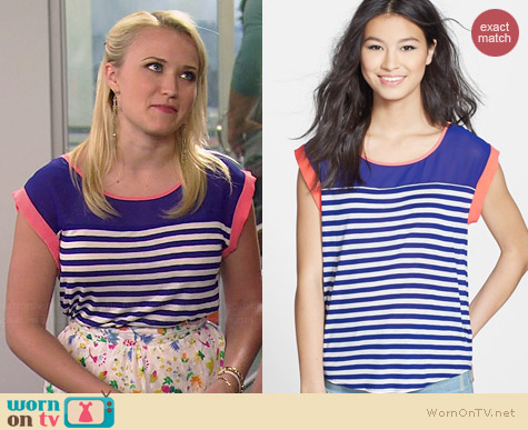 Blu Pepper Stripe Mesh Panel High/Low Tee worn by Emily Osment on Young & Hungry