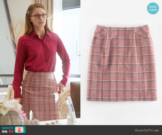 Boden British Tweed Mini Skirt in Pink Windowpane worn by Melissa Benoist on Supergirl