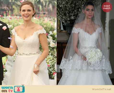 Bones Fashion: Romona Keveza Wedding Dress worn by Emily Deschanel