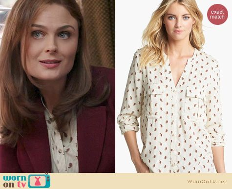 Bones Fashion: Vince Camuto Paisley Utility Shirt worn by Emily Deschanel