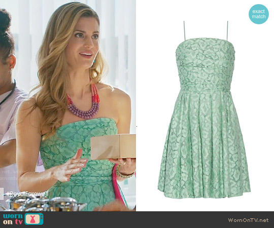 Boutique Moschino Gathered Lace Dress worn by Brooke D'Orsay on Royal Pains