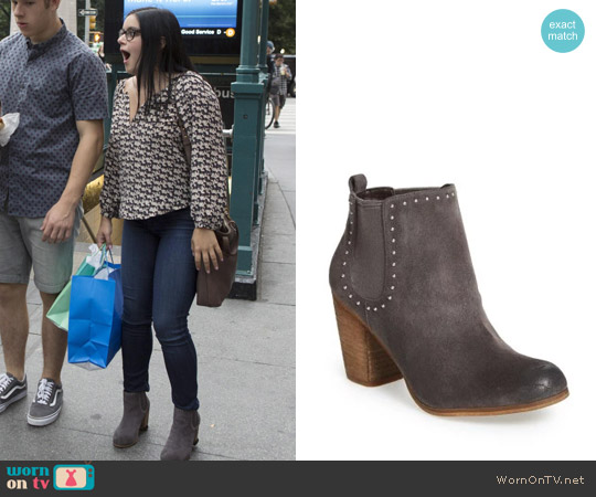 BP. Trish Bootie worn by Alex Dunphy on Modern Family