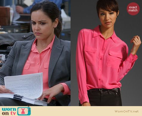 Brooklyn 99 Fashion: Equipment Signature Blouse in pink worn by Melissa Fumero