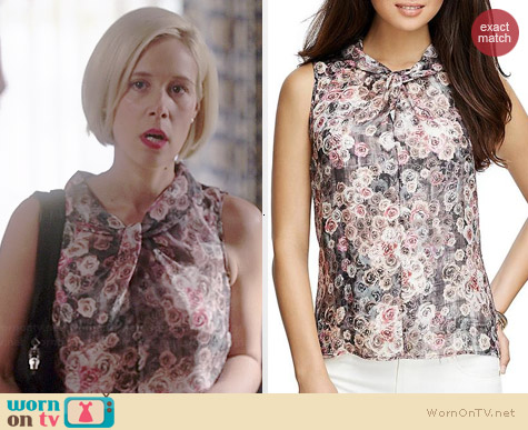 Brooks Brothers Floral Sleeveless Blouse worn by Liza Weil on HTGAWM