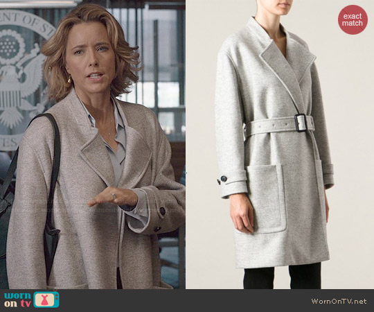 Burberry Belted Coat worn by Téa Leoni on Madam Secretary