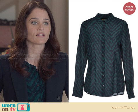Burberry Chevron Print Tailored Shirt worn by Robin Tunney on The Mentalist