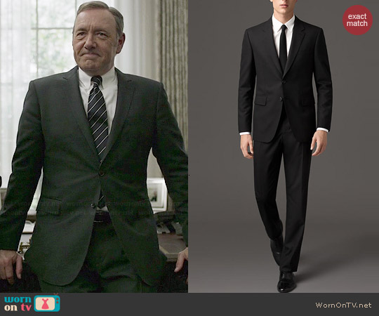 Burberry Classic Fit Wool Suit worn by Kevin Spacey on House of Cards