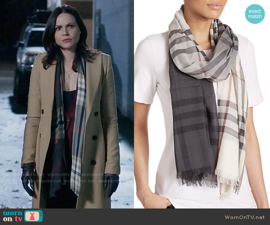 Burberry Giant Check Ombrè Wool & Silk Scarf worn by Lana Parrilla on OUAT