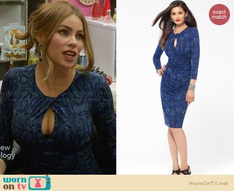 Cache Shirred Keyhole Dress worn by Sofia Vergara on Modern Family