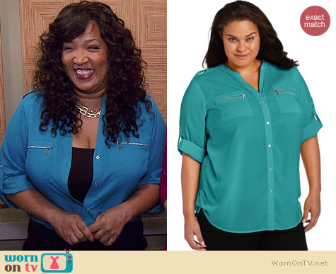 Calvin Klein Zip Pocket Shirt in Lagoon worn by Kym Whitley on Young & Hungry