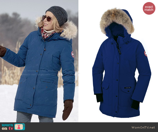 Canada Goose parka replica discounts - WornOnTV: Elizabeth's blue parka with fur trim hood on Madam ...