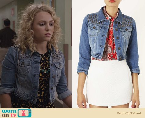 Carrie Bradshaw Fashion: Topshop Denim Moto Crop Jacket worn by AnnaSophia Robb