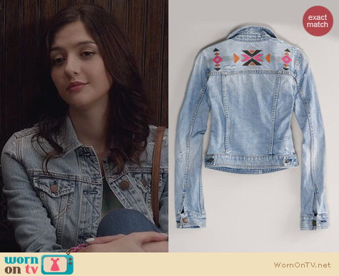 The Carrie Diaries Fashion: AE Embroidered Denim Jacket worn by Katie Findlay