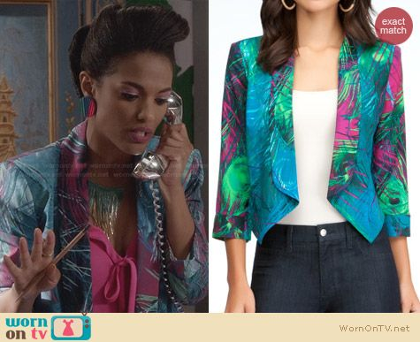 The Carrie Diaries Fashion: Bebe Shawl Collar Crop Jacket worn by Larissa