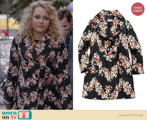 The Carrie Diaries Fashion: Dolce & Gabbana Floral Jacquard Coat worn by Carrie Bradshaw