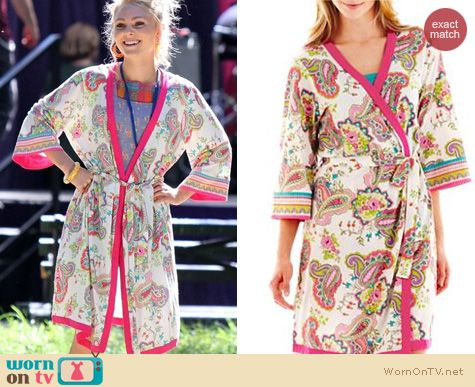 The Carrie Diaries Fashion: JC Penney Insomniax Paisley Robe worn by AnnaSophia Robb