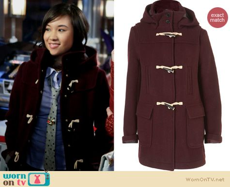 The Carrie Diaries Fashion: Topshop burgundy duffle coat worn by Jill Mouse