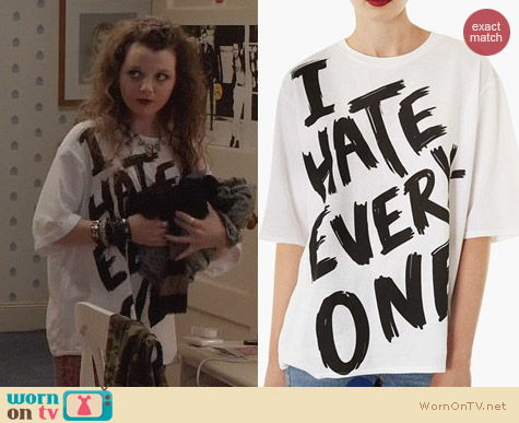 The Carrie Diaries Fashion: Topshop I Hate Everyone Tee worn by Stefania Owen