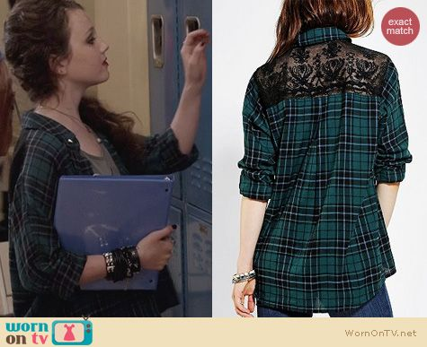 The Carrie Diaries Fashion: Urban Outfitters BDG Lace Back Shirt worn by Stefania Owen