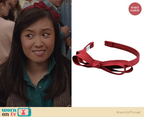 L. Erickson Double Loop Bow Headband in Dark Red worn by Ellen Wong on The Carrie Diaries