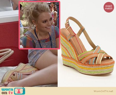 The Carrie Diaries Shoes: Kate Spade Ladan Wedges worn by Carrie Bradshaw