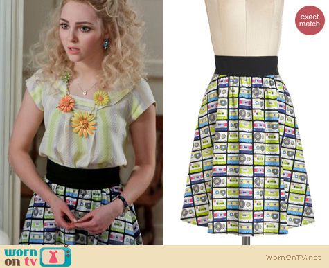 The Carrie Diaries Style: ModCloth's Music in Me Skirt in Mix Tape worn by AnnaSophia Robb