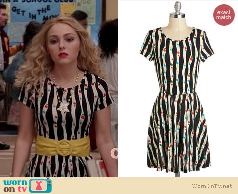 The Carrie Diaries Style: ModCloth's Tilt-a-Twirl dress worn by AnnaSophia Robb