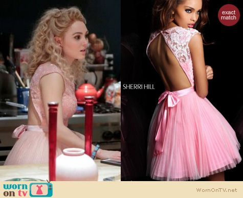The Carrie Diaries Style: Sherri Hill pink backless pleated dress worn by AnnaSophia Robb