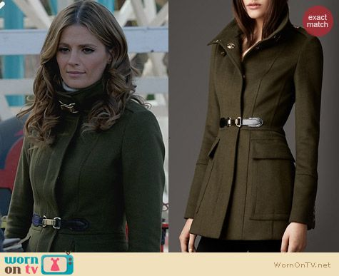 Fashion of Castle: Burberry Buckle Wool Coat worn by Stana Katic