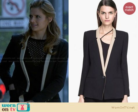 Castle Fashion: Helmut Lang Noa Leather Lapel Jacket worn by Stana Katic