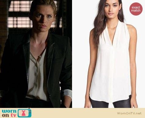 Castle Fashion: Theory Hylin Blouse worn by Stana Katic