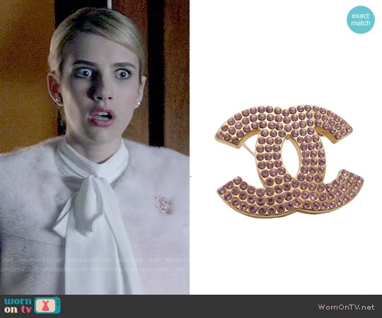 Chanel Vintage Pin worn by Emma Roberts on Scream Queens