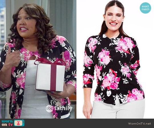 Charter Club Long-Sleeve Floral-Print Cardigan worn by Kym Whitley on Young & Hungry
