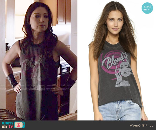 Chaser Blondie Swirl Tank worn by Ming-Na Wen on Agents of SHIELD