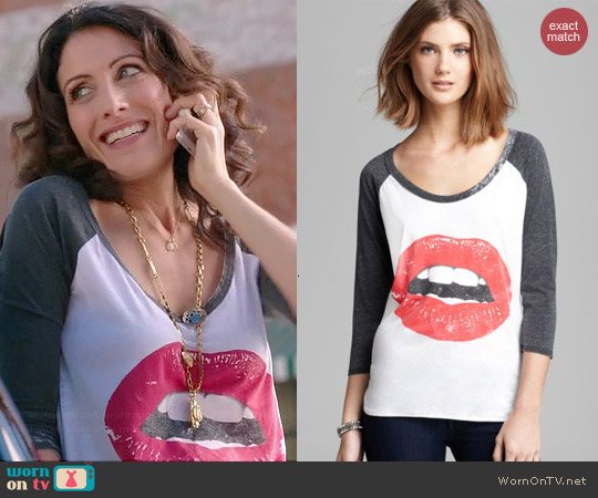 Chaser Glam Lips Baseball Tee worn by Lisa Edelstein on GG2D