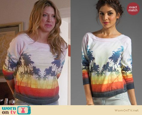 Chaser Sunset Beach Pullover worn by Jess Macallan on Mistresses