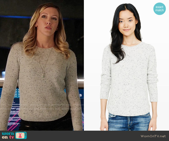 Club Monaco Rhona Cashmere Sweater worn by Katie Cassidy on Arrow
